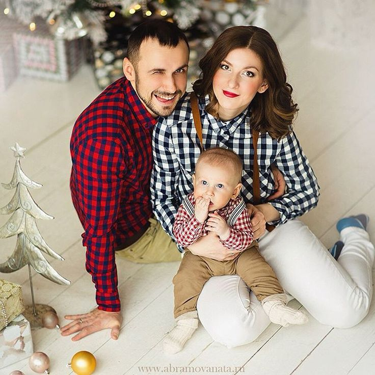 Давно не показывала семейное #MUAN @olka_saveleva  а в Москве снег, урааа! / Wonderful family and we have snow now ! #abramovanata