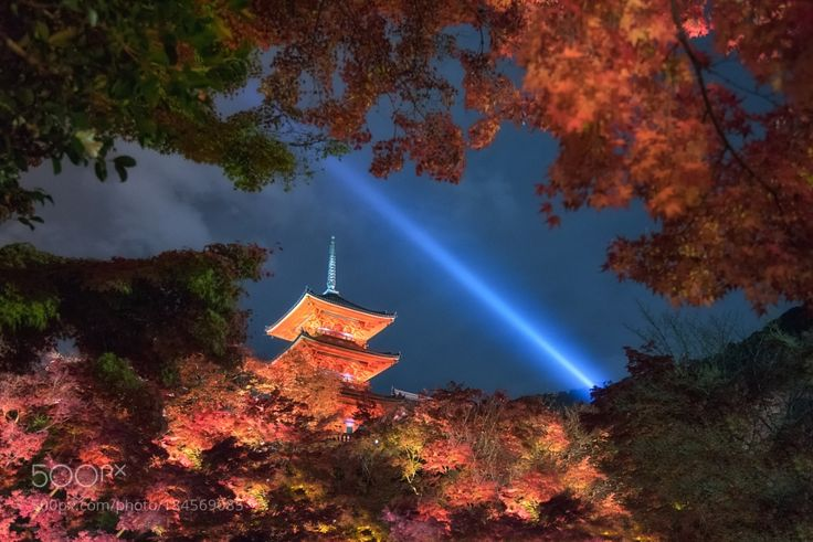 """http://500px.com/photo/184569085 Autumn Light Up in Kyoto by Genesis -My first time to visit Kyoto in the Autumn season many tourist there. I've plan in several point to take my shot but have no time to visit all.   One of my destination """"Kiyomizu Dera""""  Most of the temple are prohibit to use the tripod then I have to boost a bit ISO to take a hand held photograph.  Surely I'll return to Kyoto and Kansai area again place is beautiful local people are hospitable scenery are extremely…"""
