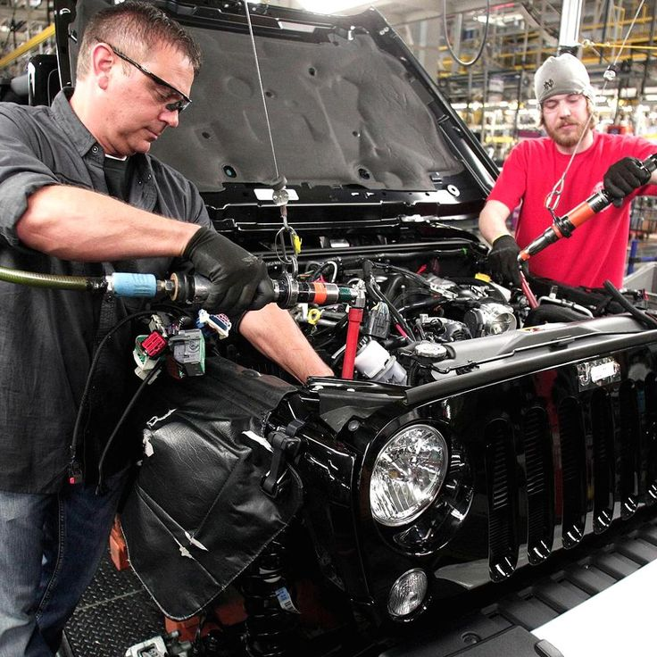 Two great pieces of Jeep news this week. 1) Jeep Wrangler production will stay in Ohio instead of being shipped off overseas and 2) the Jeep pickup is nearing closer to a reality. Click image for the details!