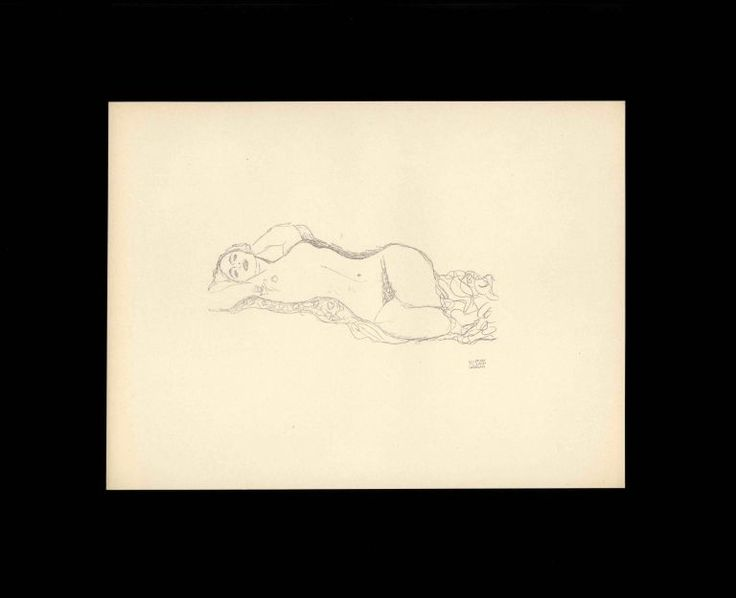 Beautifully preserved portfolio of fifty delicate lithographs printed  from line drawings by Gustav Klimt. Leipzig and Vienna: Thyrsos-Verlag, 1922. #gustavklimt #lithographs