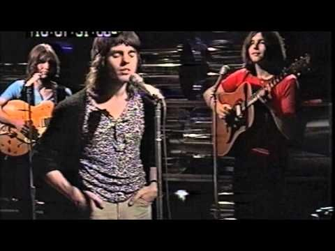 Singer/song-writer Iain Matthews best know for Fairport Convention and Matthews Southern Comfort Band turns 67 today. he was born 5-16 in 1946. Here's the 'Southern Comfort Band' with their hit version of the Joni Mitchell song 'Woodstock' from 1970. This is the original video they made for that song.