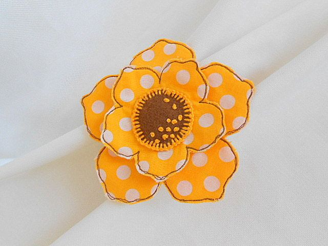 Sunflower Textile Brooch.Icon Pin.Cute Felt Brooch.Handmade art brooch.Flower Felt Brooch.Flower Clip Hair by Galipurses on Etsy