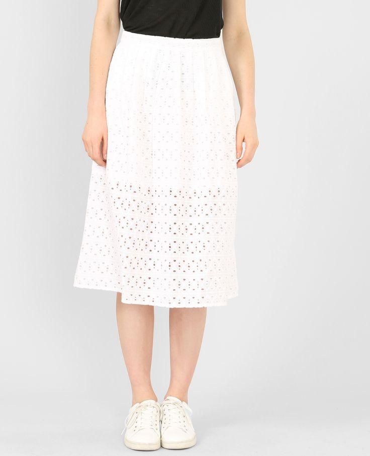 Jupe midi ample brodée - Une jupe midi féminine et estivale à mixer avec de petits tops...
