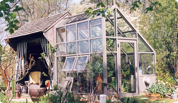 Contemporary Greenhouse - Conservatory