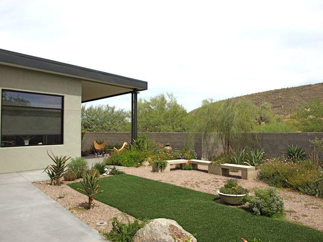 desert tropical garden for your home - Garden Design Grid