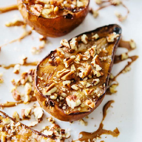 Grilled Pears with Cinnamon Drizzle- A sugar free + healthy dessert!