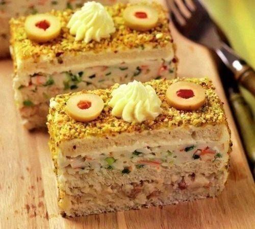 Закусочные пирожные из крабовых палочек и селедки   Домохозяйка