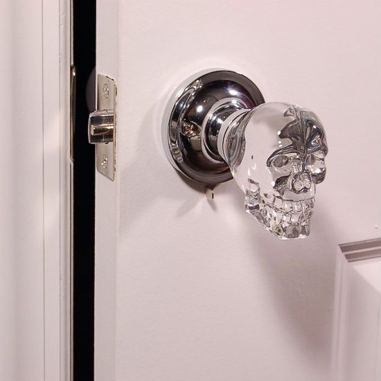 skull doorknob - shut up and take my money