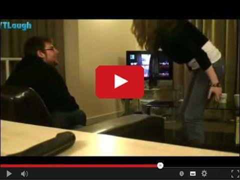 Nie jedna dziewczyna czy żona wkurza się kiedy jej facet http://www.smiesznefilmy.net/dlaczego-dziewczyny-nie-powinny-grac-w-gry