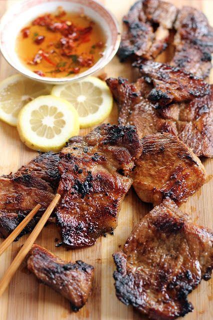 7 веских причин сократить количество мяса в рационе (даже если вы не готовы стать вегетарианцем)  Даже ИНОГДА заменяя мясо бобовыми, чечевицей, цельными злаками, орехами и семенами, овощами и фруктами, вы можете внести огромный вклад в свое здоровье, а также в здоровье планеты, например: http://qps.ru/V6poU  #мясо  #мясо_гриль #гриль      #здоровье   #вегетарианство