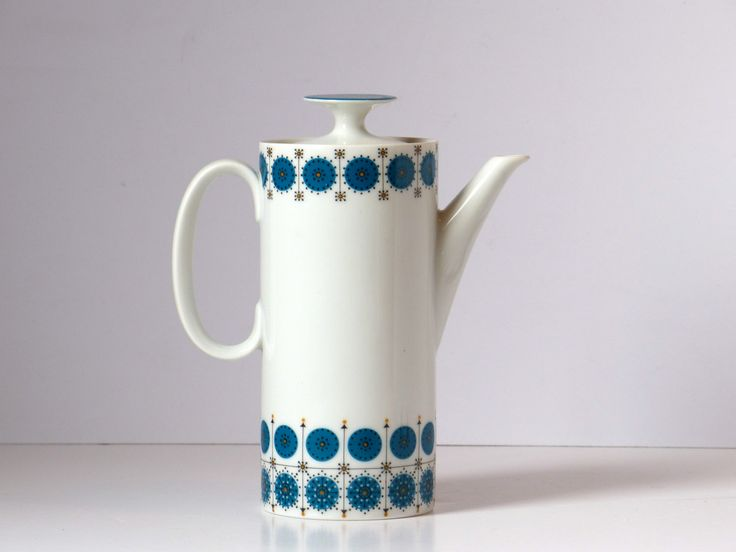 Coffee maker or carafe (blue) style vintage Scandinavian by CollectionIt on Etsy https://www.etsy.com/listing/216208989/coffee-maker-or-carafe-blue-style