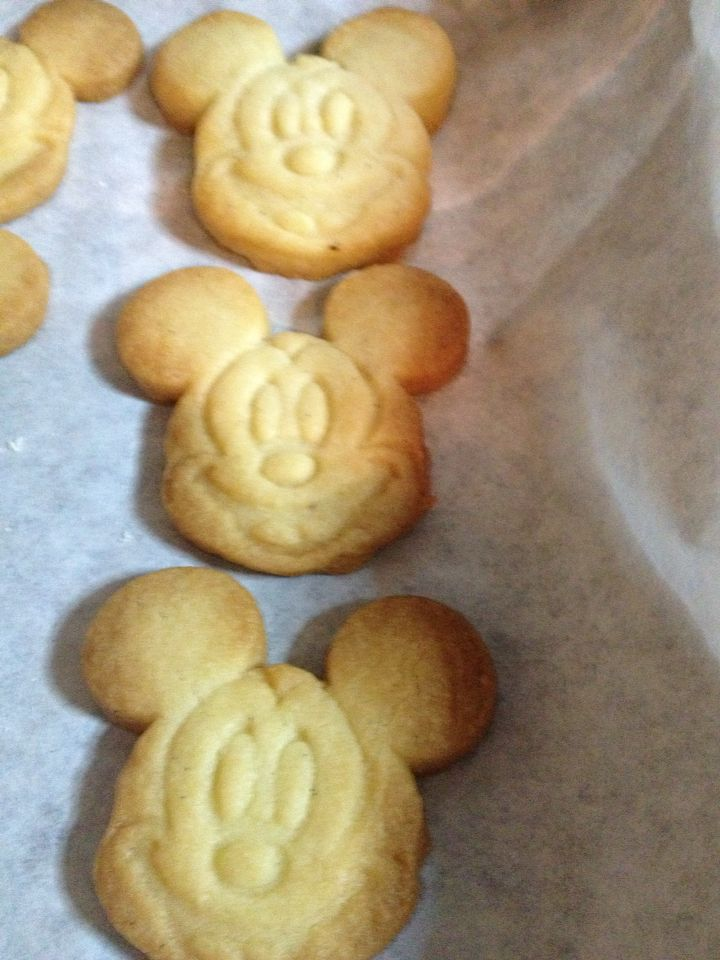 Mickey butter cookies