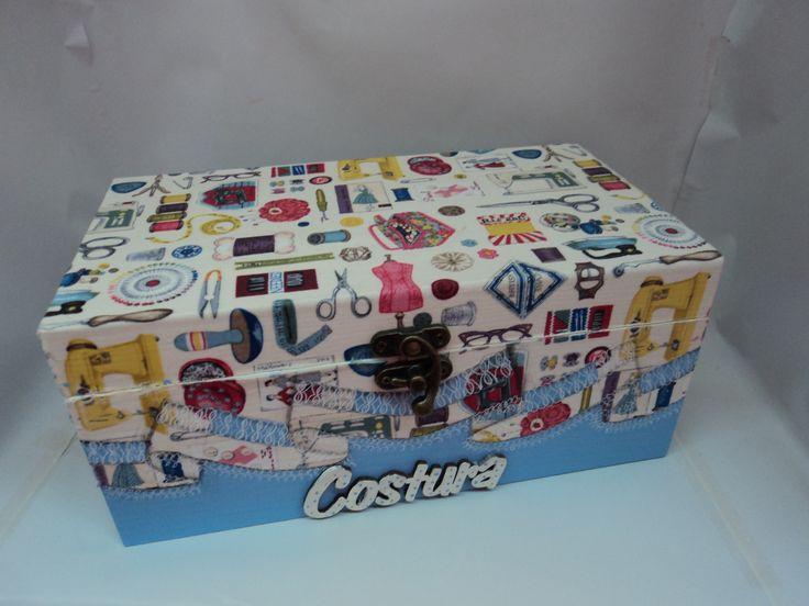 caixa de costura de madeira