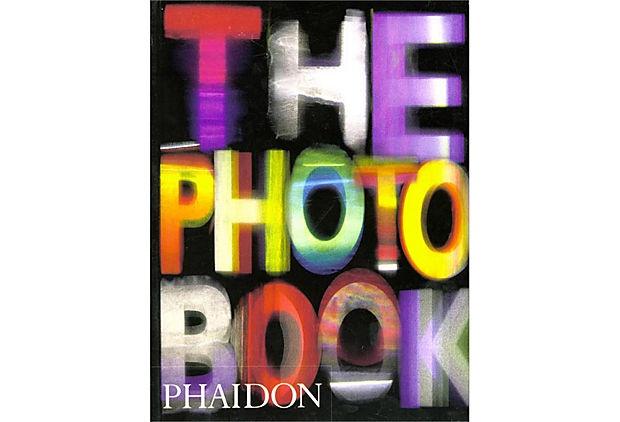 the photo bookWorth Reading, Photography Books, Photo Books, 500 Photographers, Book Worth, Art Book, Phaidon Press, Photobook, Photos Book