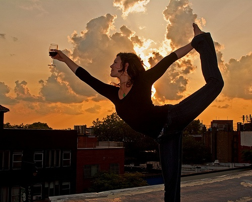 Who says you can't combine yoga and wine?!