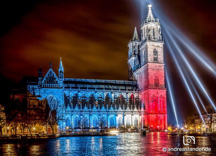 magdeburg dom | Magdeburger Dom in den Farben der französischen Flagge beleuchtet