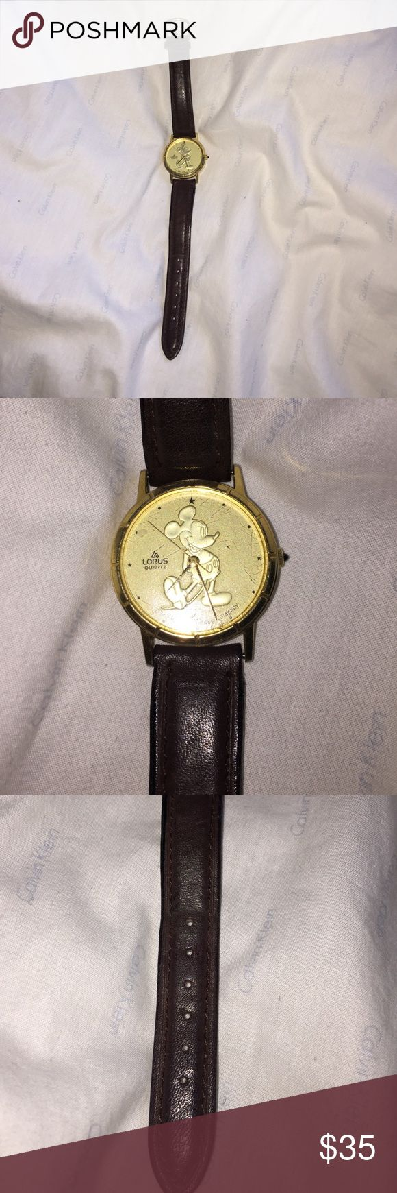 Vintage women's lorus Mickey Mouse watch Disney Vintage the walt disney company Accessories Watches