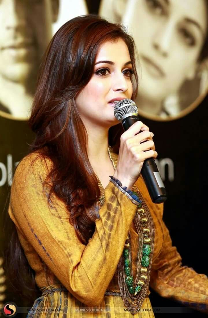 So Beautiful Dia Mirza <3