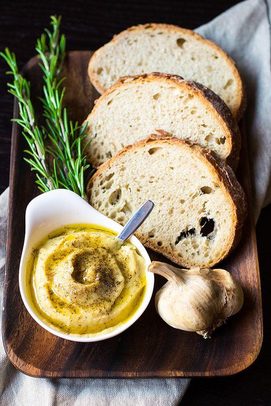 Crema di aglio arrostito - Roasted Garlic Sauce
