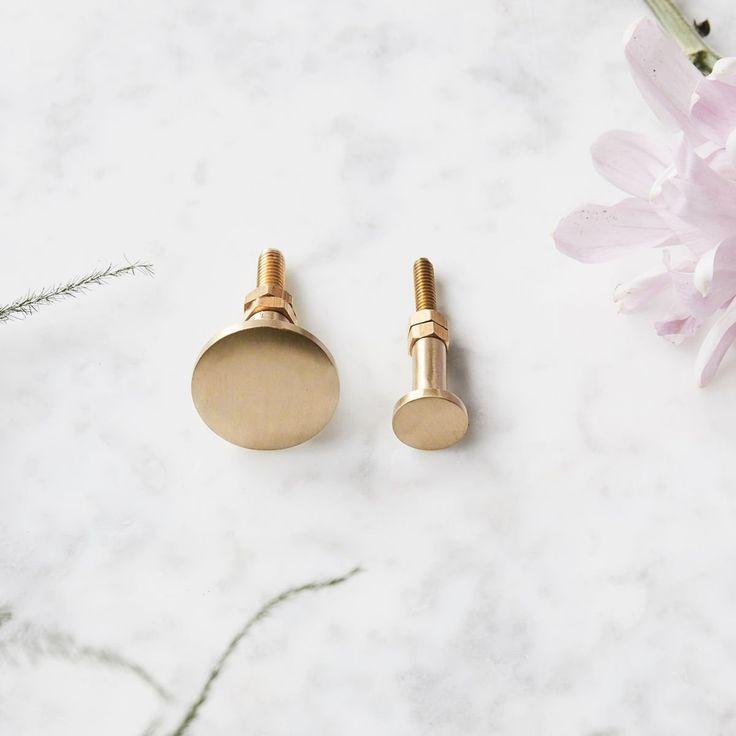 Cabinet Knob - Smooth Brass