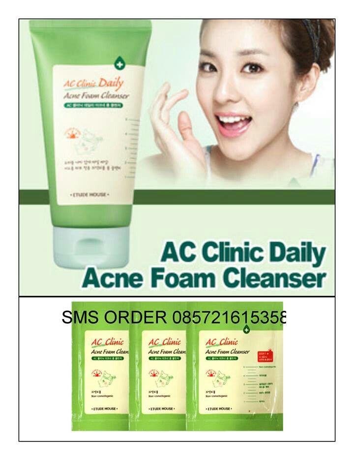 Etude AC Clinic Acne Foam Cleanser,sample sachet 6rb/pcs  SMS/WA 085721615358  www.facebook.com/omonicorner    Sabun pembersih wajah dengan untuk yang bermasalah dengan jerawat.  Menghilangkan bakteri, membersihkan make up (tingkat rendah)  Mengandung natural oil (sandal wool oil) untuk menjaga kelembapan dan melindungi kulit.    Cara pemakaian :  1. keluarkan secukupnya di telapak tangan  2. buat cukup busa / foam lalu kemudian gunakan untuk membersihkan wajah  3. bilas hingga bersih dengan…