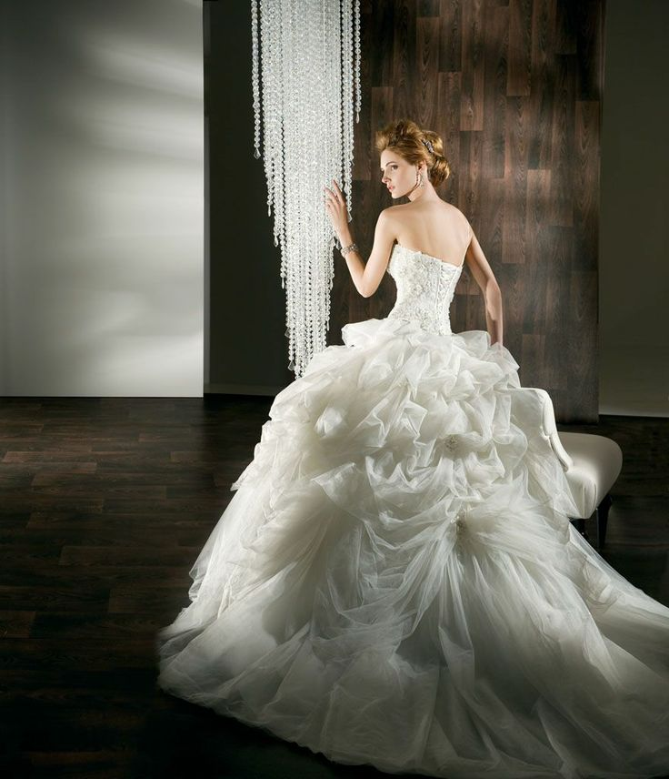 A-Line : Sweet Demetrios Wedding Dresses With Hemline