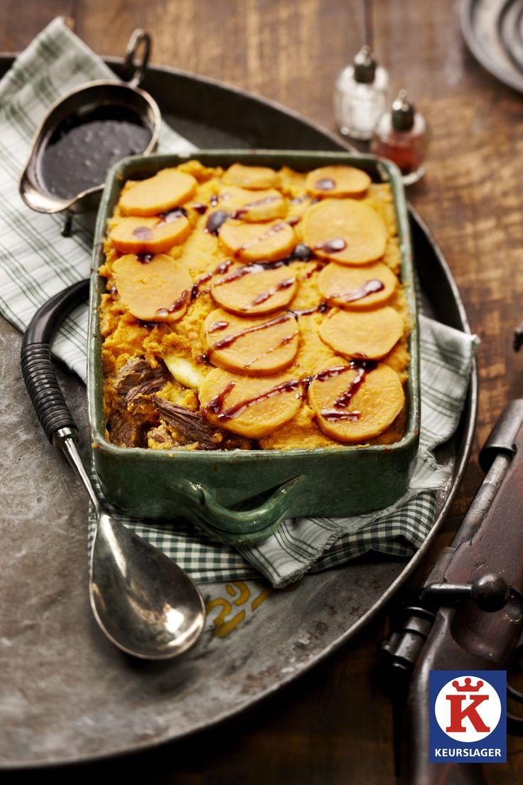 Grootmoeders jachtschotel met zoete aardappelpuree.   Een heerlijke ovenschotel met de smaak van vroeger!