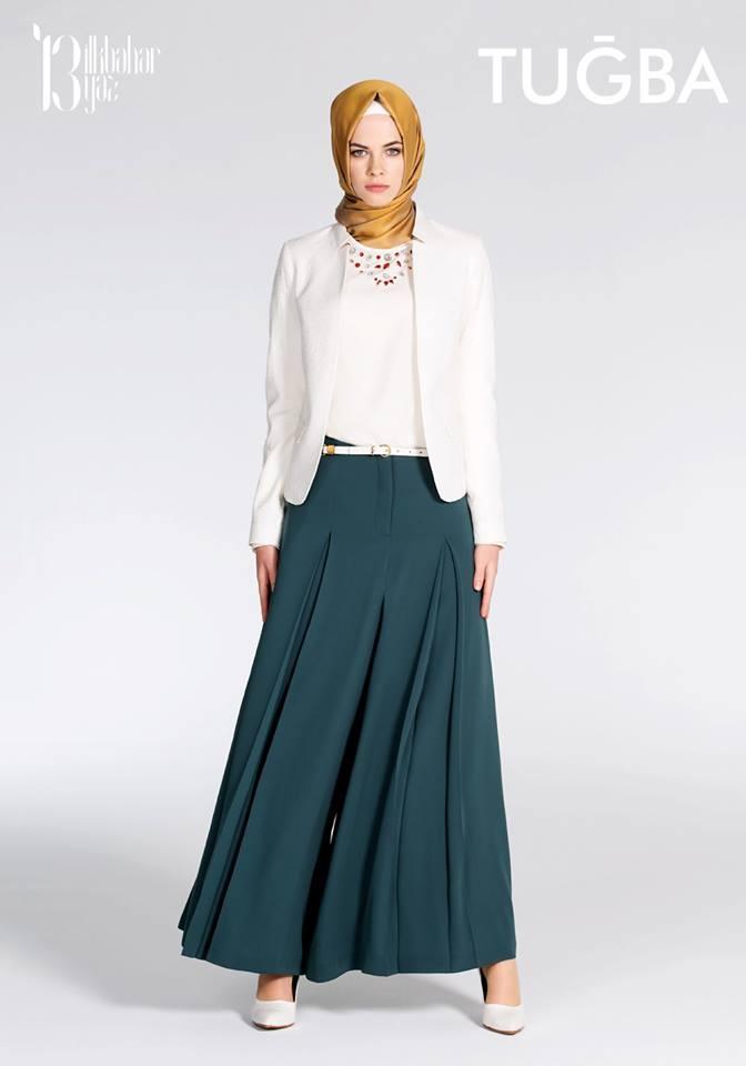 #hijab #fashion #dress #new #trenchcoat #scarf #girl #pardesu #women #kadin #moda #basortusu #blue #newseason #tesettur #tugba #ilkbahar #yaz #katalog #modafotografi #hijabfashion #trench #turkey #yenisezon #elbise #white #beyaz #izmir