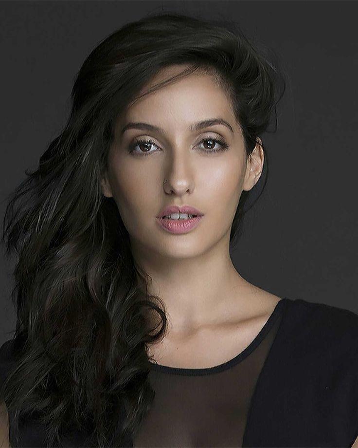 Hot Photos Of Sexy Nora Fatehi Dilbar Item Song Dancer -4168