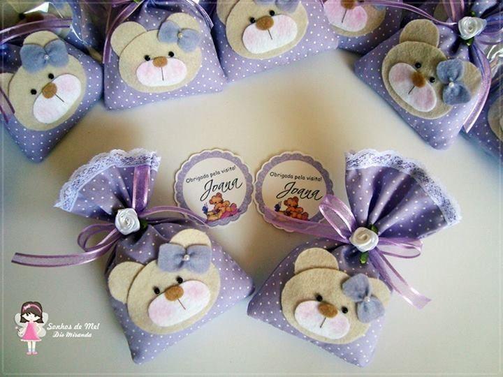 Manualidades preciosas bolsitas para un regalo o dulces.