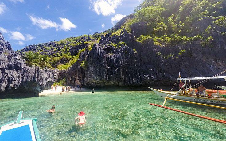 El Nido'ya gitmek için fen kısa yol Manila'dan El Nido'ya uçmak. Palawan Adası'nın başkenti Puerto Princesa'ya uçmak ve oradan da El Nido'ya gitmek...