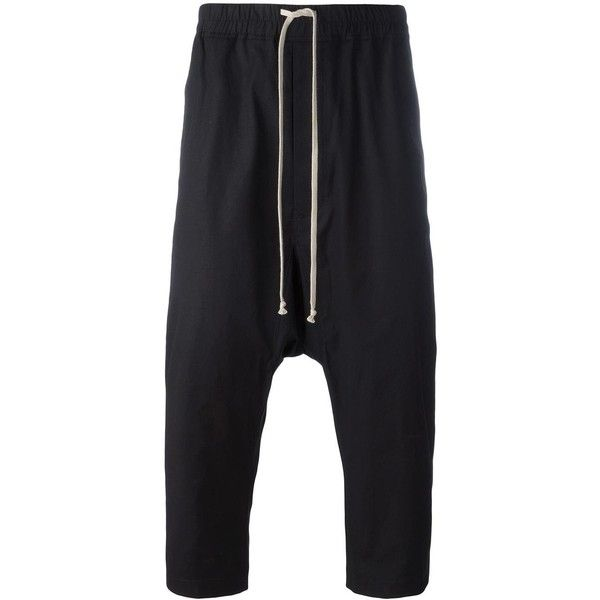 Rick Owens drop-crotch cropped trousers (1.720 BRL) ❤ liked on Polyvore featuring men's fashion, men's clothing, men's pants, men's casual pants, black, mens stretch waist pants, mens elastic waist pants, mens drawstring pants, mens cropped pants and mens elastic waistband pants