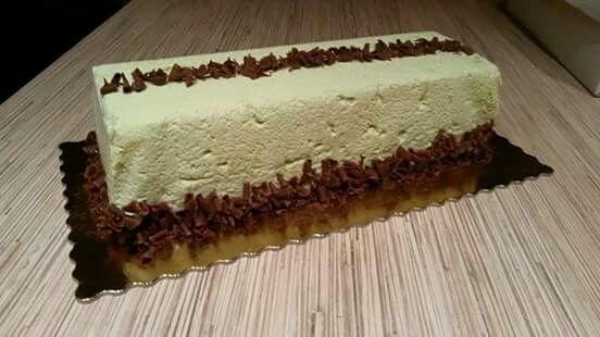 Mint mousse cake