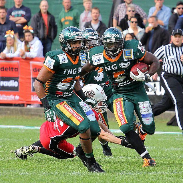 Das Heimspiel der Kiel Baltic Hurricanes gegen die New Yorker Lions aus Braunschweig, 21.06.2014 | Photo by Alexander Ruoff on Flickr | Permission: CC BY-NC-ND 2.0 https://creativecommons.org/licenses/by-nc-nd/2.0/deed.de