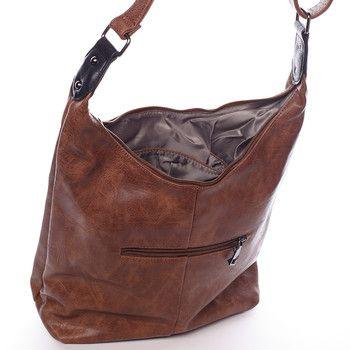 #hit #crossbody  Kabelka pro každý den od Delami. Hnědá dámská kabelka přes rameno nebo crossbody. Kabelka má dělený vnitřek a  pevné dno. Nastavitelný popruh umožňuje dát kabelku snadno jako crossbody přes hlavu. Na přední i zadní straně je kapsa na zip.