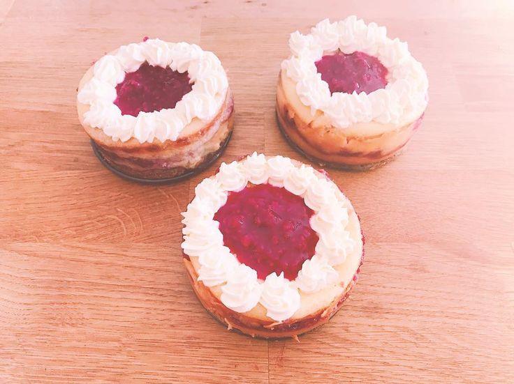 Mini 7 layer almond can-raspberry cheesecakes with cranberry almond crust cran-raspberry compote and almond whipped cream. Happy (dirty) 30 to @daniel.sebastian !!!