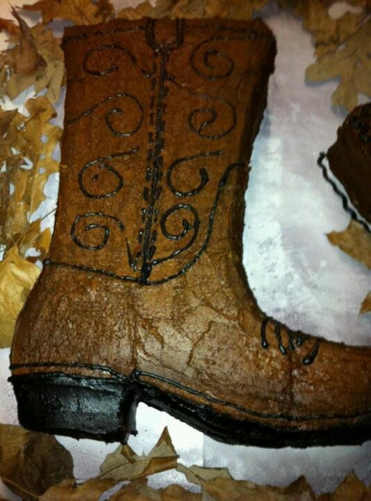 25  best ideas about cowboy boot cake on pinterest