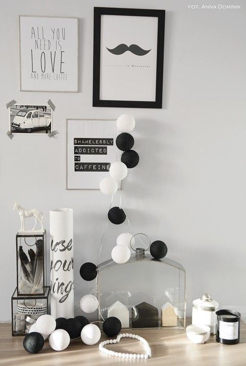 Black & white garland | #Luminart lights at www.luminart.pt