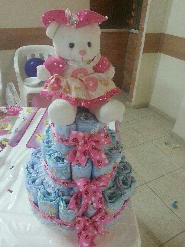 Torta de pañales baby shower niña
