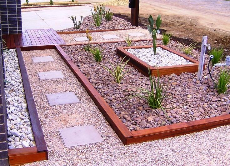 25 best ideas about landscape timber edging on pinterest for Small front garden ideas