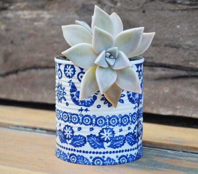 latas recicladas + aerosol + decoupage / recycled tins + paint + decoupage