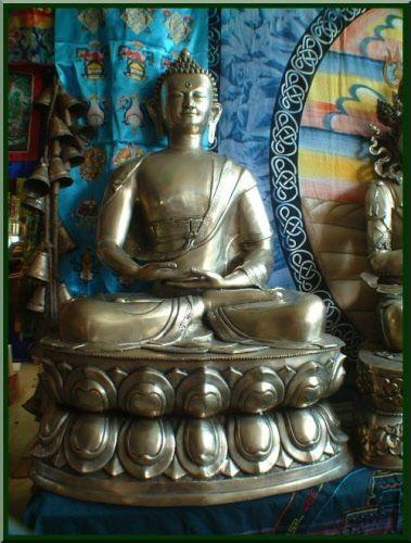 Extra large Buddha in Meditation