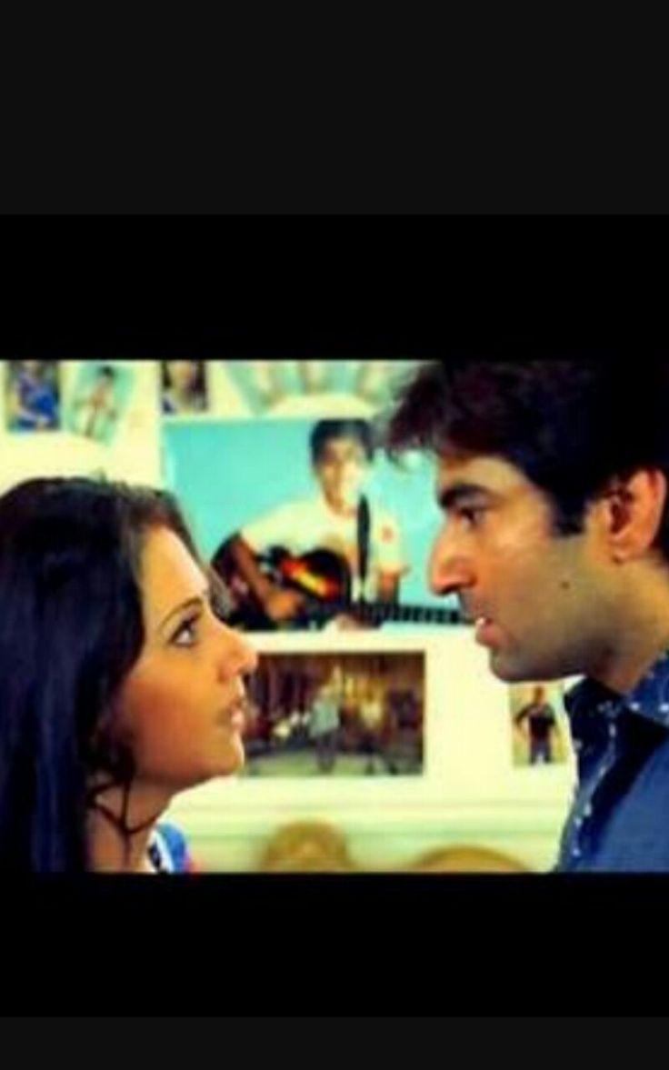 Sathi hara ( 2006 ) Jeet and Swastika mukherjee  Dir  Biresh Chatterjee   also starring Tapas Pal