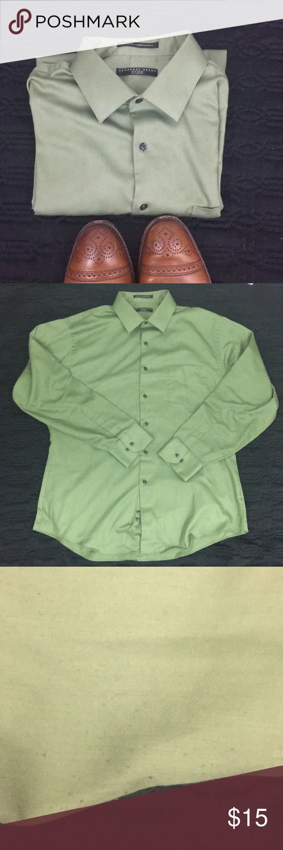 Geoffrey Beene Long Sleeve green shirt Beautiful green long sleeve shirt featuring dark gray buttons. Shirt is 17.5 neck, 34/35. Perfect for work or play. Add your favorite slacks or jeans. Some minor piling at armpits. See pictures for details. Non smoker hypoallergenic dog friendly home. Geoffrey Beene Shirts Dress Shirts