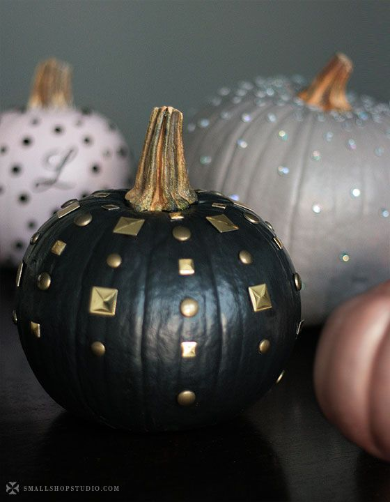 DIY edgy chic pumpkins.: Decor Ideas, Small Shops, Edgy Chic, Studs Pumpkin, Pumpkin Decor, Black Gold, Paintings Pumpkin, Pink Black, Pumpkindecor