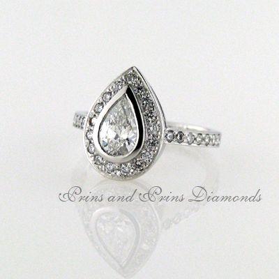 The pear cut halo design