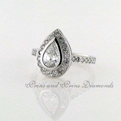 The pear cut halo design