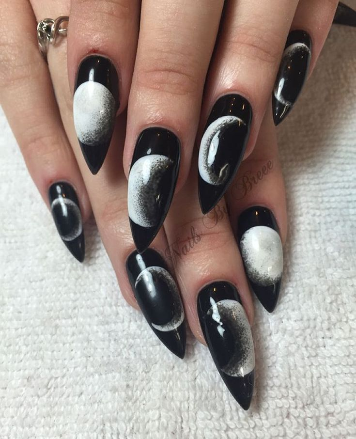 Lovin These Eclipse Moon Phase Nails