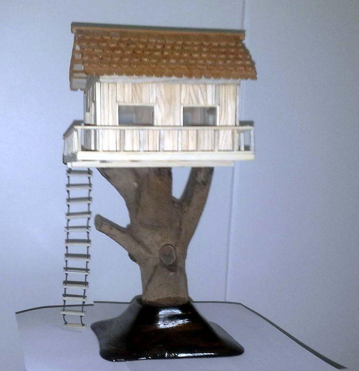 Casa Chica. Fabricada con maderas recicladas de pino y raulí.  Precio: $ 25.000