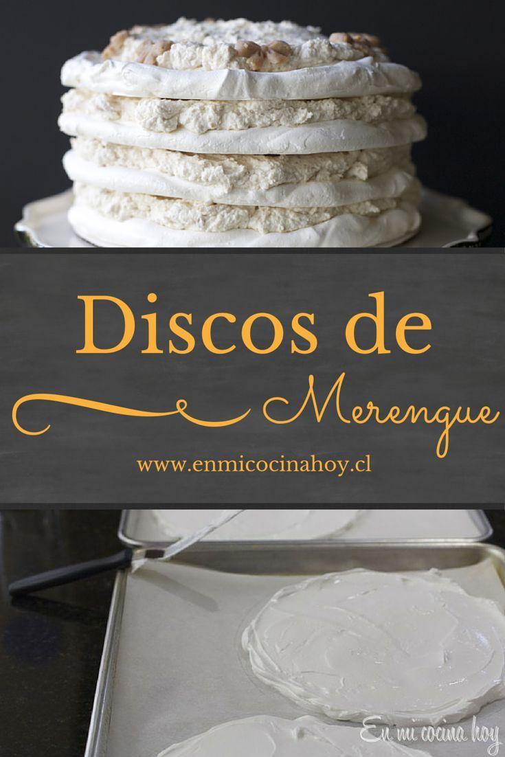 Aprende a hacer discos de merengue para tus tortas. Una receta paso a paso que…